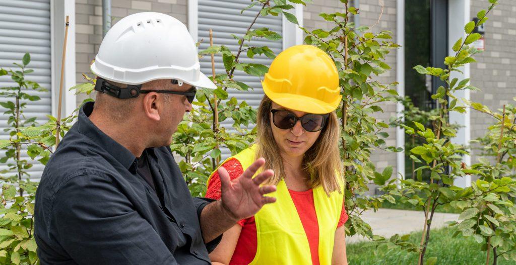 Landscape Jobs - Two landscape workers